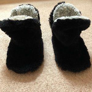 Dear Foams Fuzzy, Above Ankle Slippers
